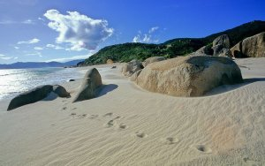 best beaches in China