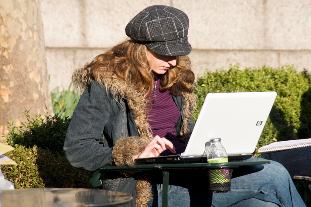 How to Write a Spectacular ESL Resume